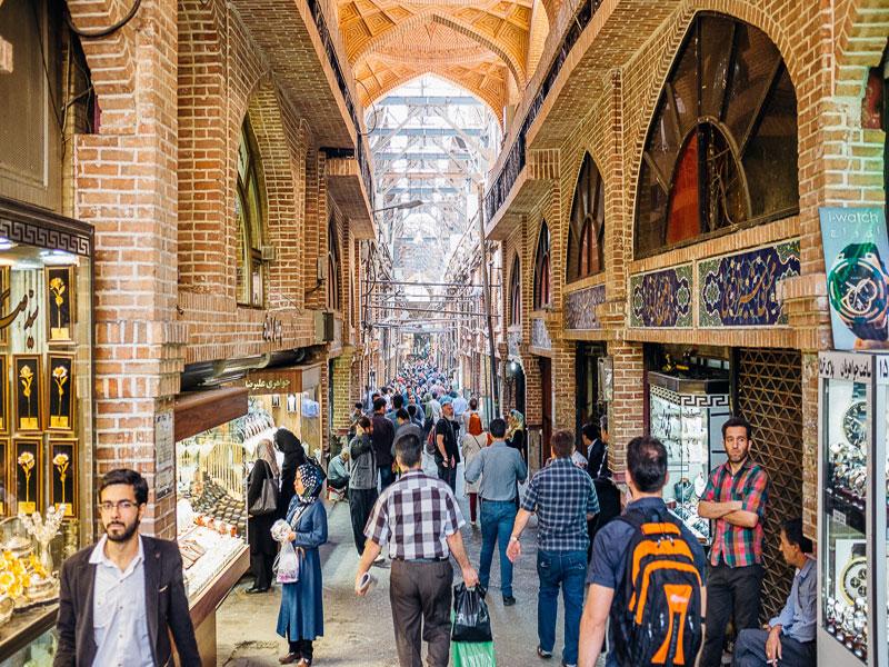 بازار بزرگ تهران قدیمی ترین و بزرگترین بازار سنتی ایران در تهران