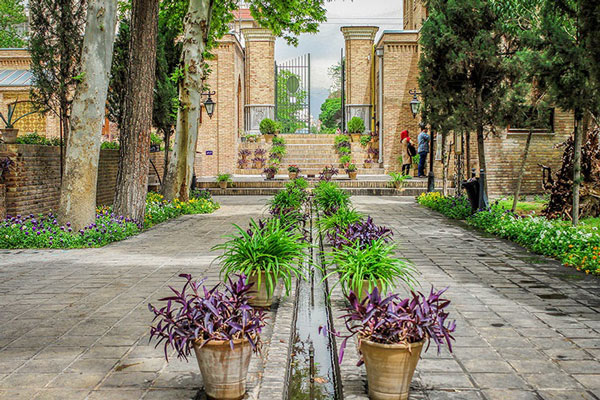 تاریخچه باغ نگارستان تهران