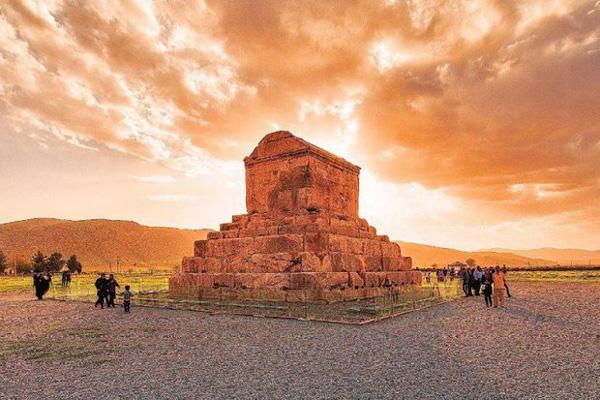تاریخچه-پاسارگاد شیراز