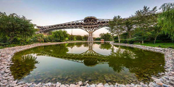 تفریحات پل طبیعت تهران