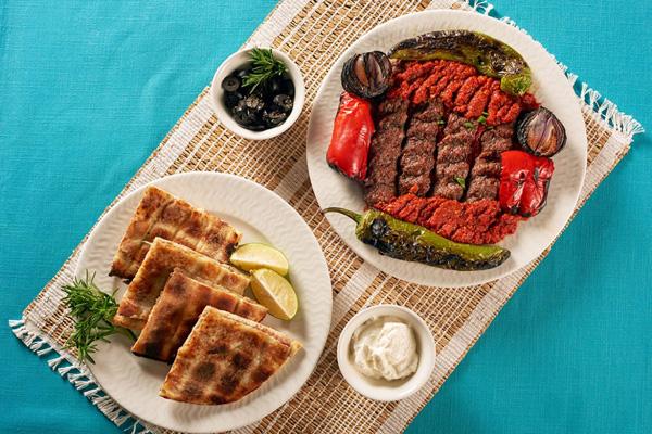 رستوران-های-نزدیک-حافظیه شیراز
