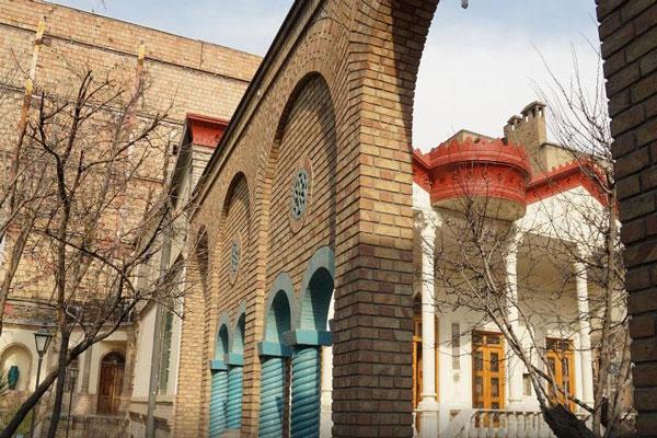 رستوران های نزدیک موزه مقدم تهران