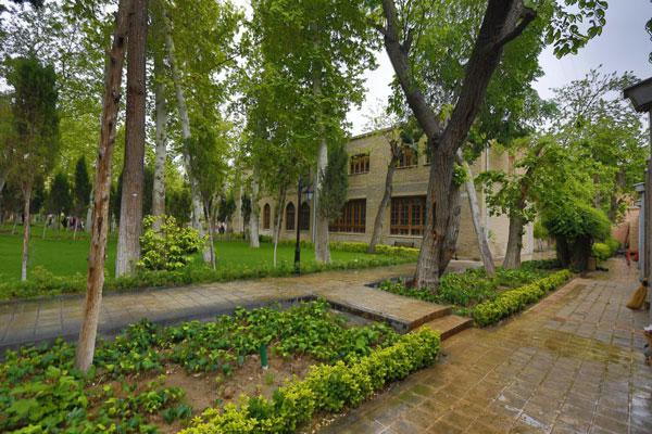 زمان بازدید از باغ نگارستان تهران