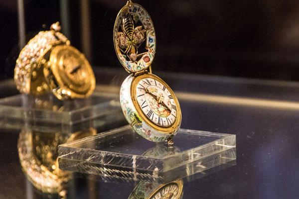 زمان بازدید موزه جواهرات ملی ایران