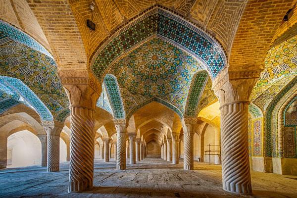 ساعات بازدید از مسجد وکیل شیراز