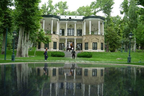 موقعیت مکانی مجموعه کاخ نیاوران