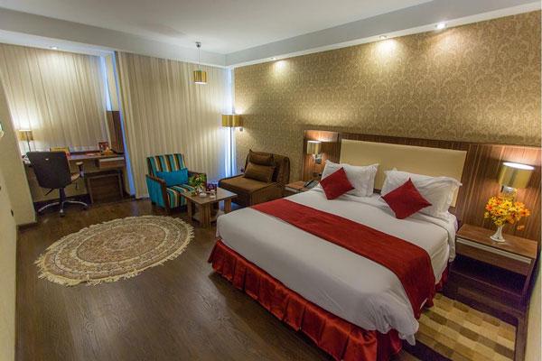 هتل های نزدیک کاخ نیاوران در تهران