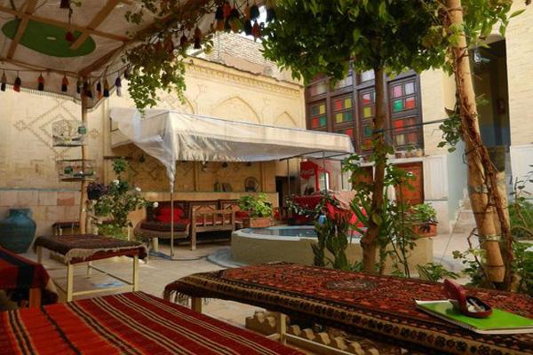 هتل ها و اقامتگاهها نزدیک مسجد وکیل شیراز
