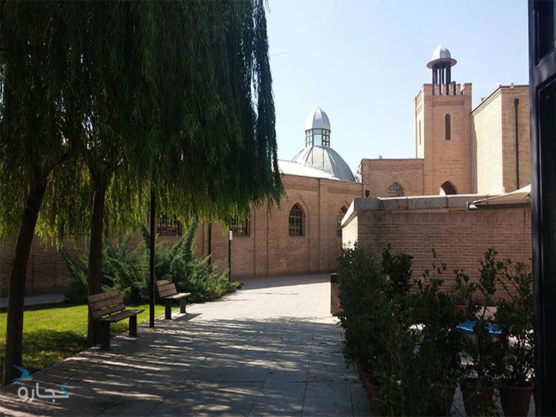 باغ موزه قصر، زندانی اسرارآمیز و مخوف