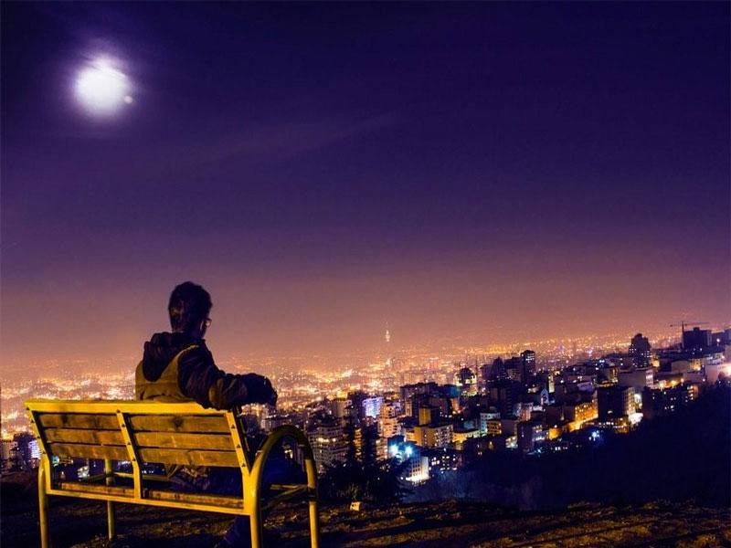 بام تهران بر فراز آسمانها