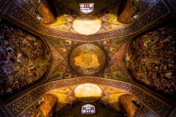 تاریخچه-کاخ-چهل-ستون اصفهان
