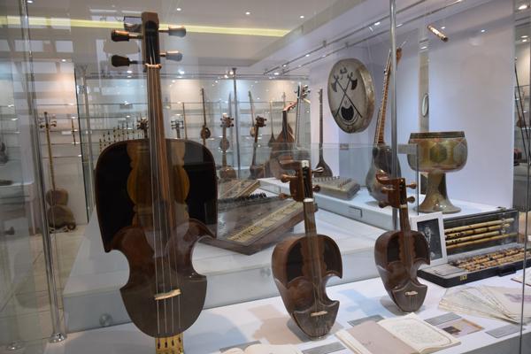 خانه-موسیقی-سنتی-ایرانی اصفهان