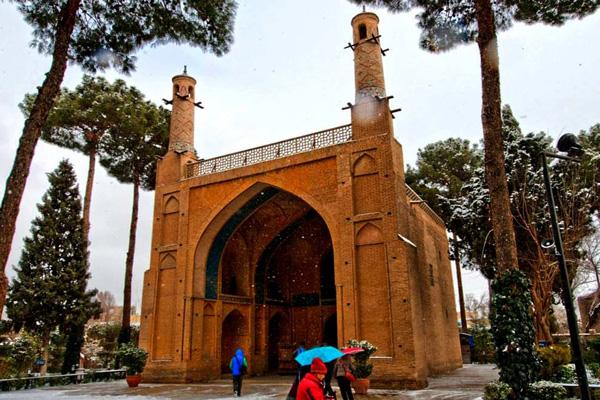 درباره-منار-جنبان اصفهان