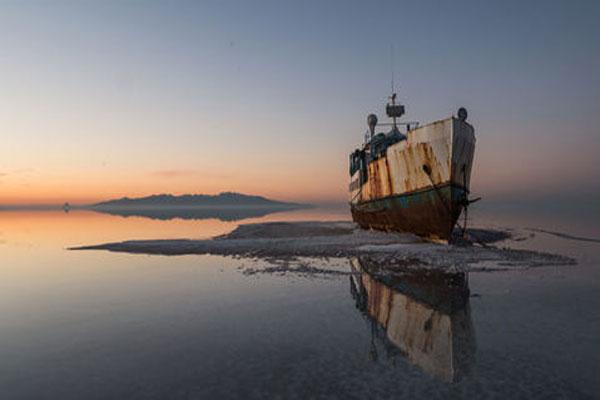 در دریاچه ارومیه چه فعالیتهایی می توان کرد؟