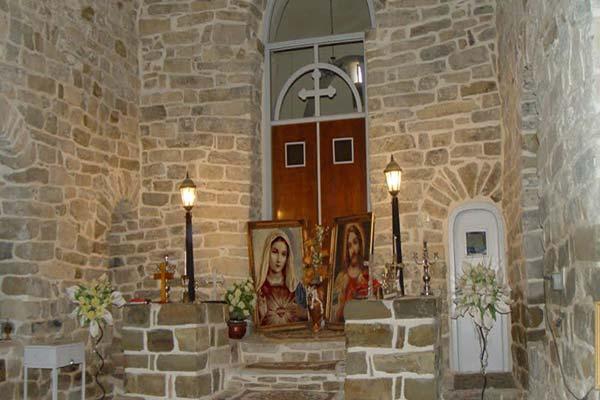 آشنایی با رستوران های نزدک به کلیسای ننه مریم