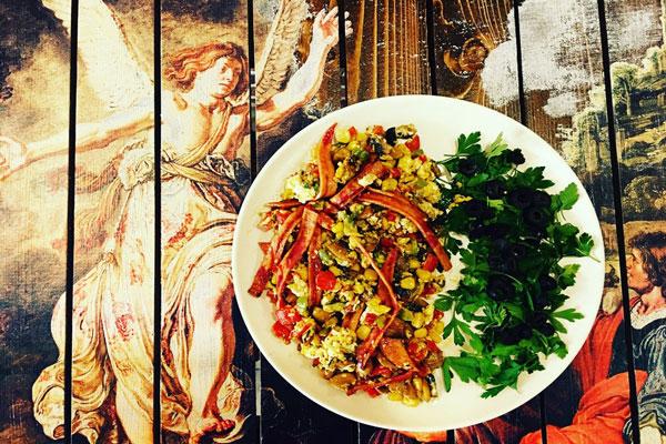 رستوران-های-نزدیک-عمارت-شاپوری شیراز