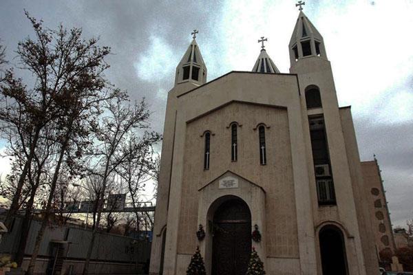 رستوران های نزدیک کلیسای سرکیس مقدس را بشناسید