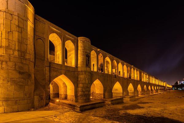 زمان-بازدید-از-سی-و-سه-پل اصفهان