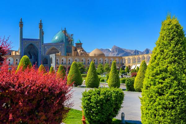 زمان بازدید از میان نقش جهان اصفهان