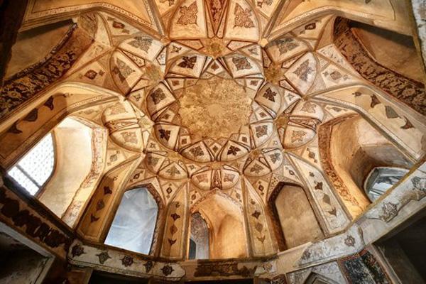ساختار-کاخ-هشت-بهشت اصفهان