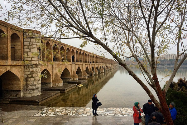 موقعیت-سی-و-سه-پل اصفهان