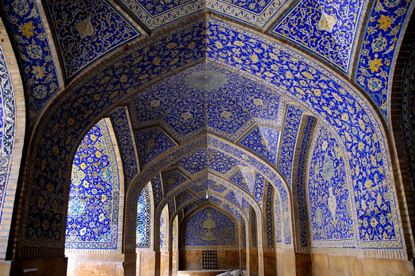 موقعیت-مسجد-شیخ-لطف-الله اصفهان