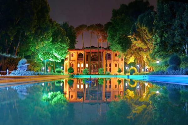 موقعیت-کاخ-هشت-بهشت اصفهان