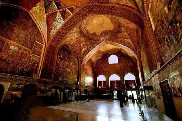 موقعیت-کاخ-چهل-ستون اصفهان