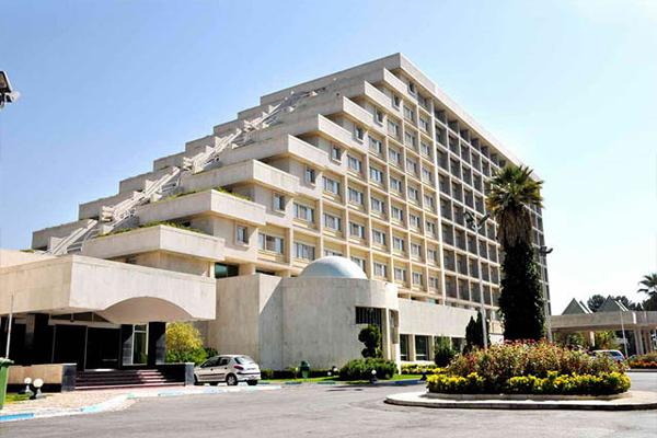 هتل-های-نزدیک-باغ-ارم شیراز