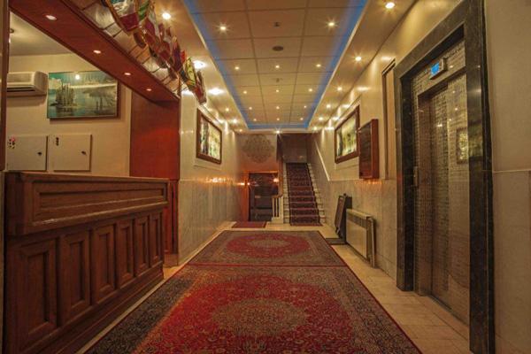 هتل-های-نزدیک-عمارت-شاپوری شیراز