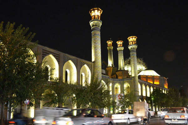 هتل های نزدیک مسجد سپهسالار چیست