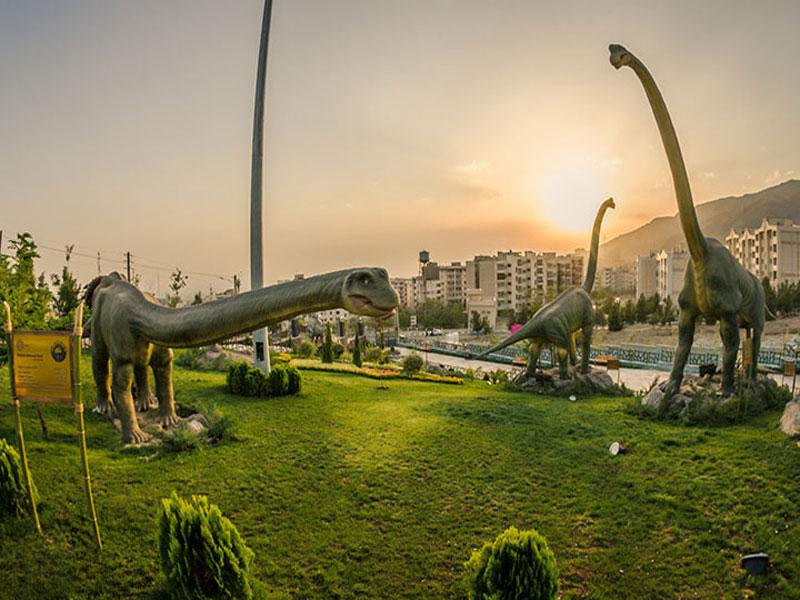 پارک ژوراسیک، سفری به دنیای دایناسورها های ترساک