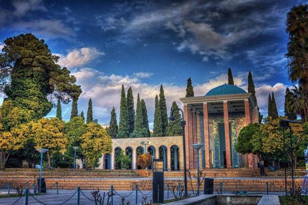 چند کلمه ای در مورد سعدی شیراز