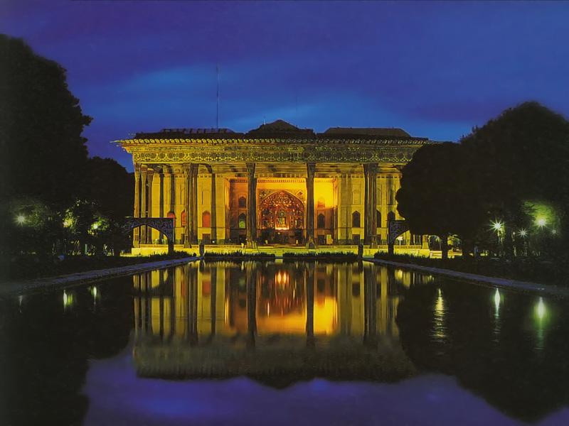 کاخ-چهل-ستون اصفهان