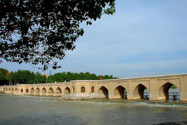 آدرس-پل-جویی اصفهان