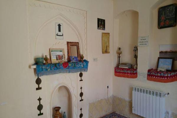 اقامتگاه-های-نزدیک-کویر-ورزنه اصفهان