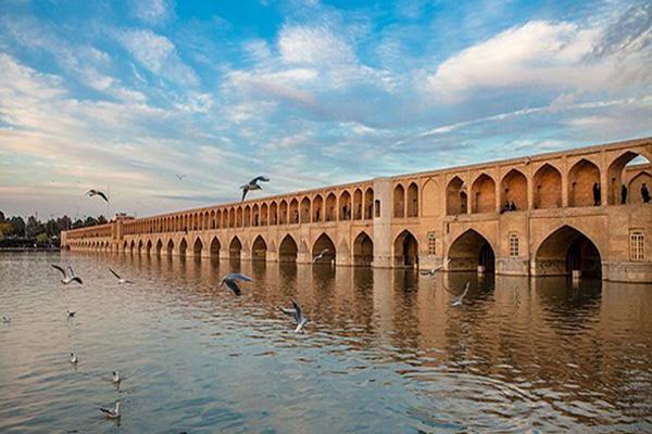 تاریخچه-رودخانه-زاینده-رود اصفهان