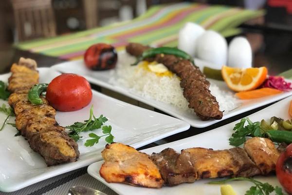 رستورانهای-نزدیک-منطقه-تفریحی-عینالی تبریز