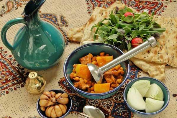 آشنایی با رستوران های نزدیک به عمارت شهرداری