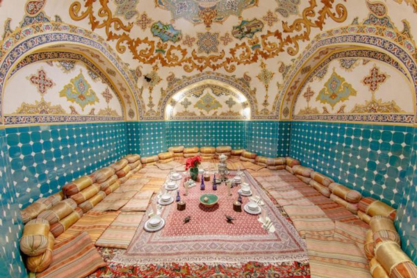 رستوران-های-نزدیک-حمام-علی-قلی-آقا اصفهان