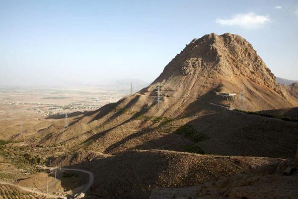 زمین-شناسی-کوه-صفه اصفهان