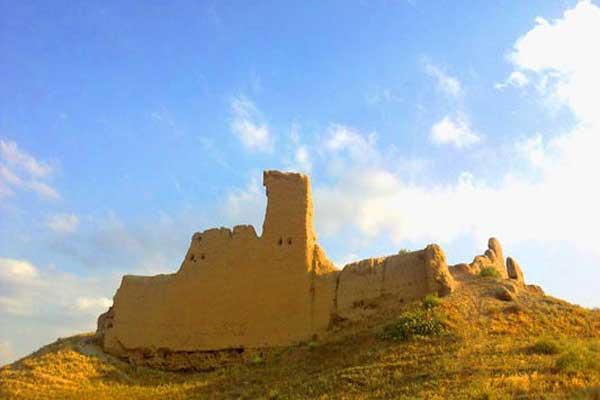 آشنایی با قلعه تاریخی ایده لی