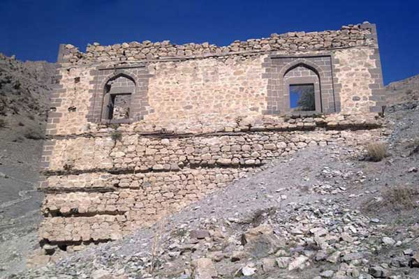 آشنایی با قلعه تاریخی بردوک یادگاری از دوران صفوی