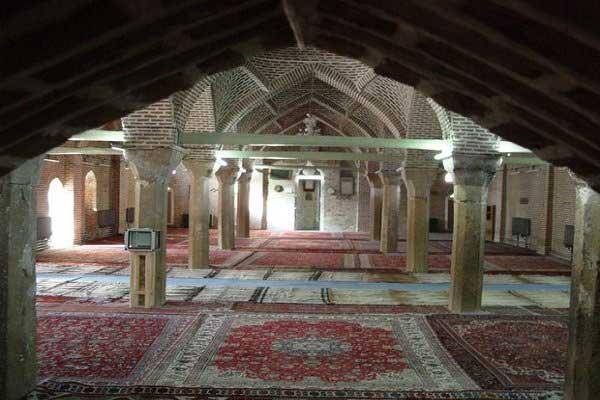 آشنایی با مسجد جامع سرخ