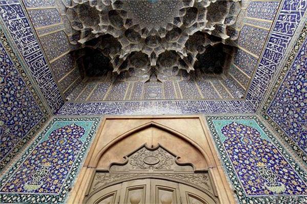 معماری-مدرسه-چهارباغ اصفان