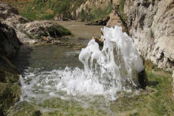 آشنایی با چشمه های آبگرم هفت آباد