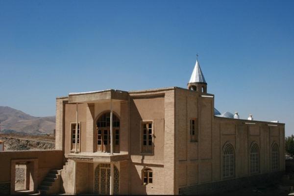کلیسای آنجیلی در همدان
