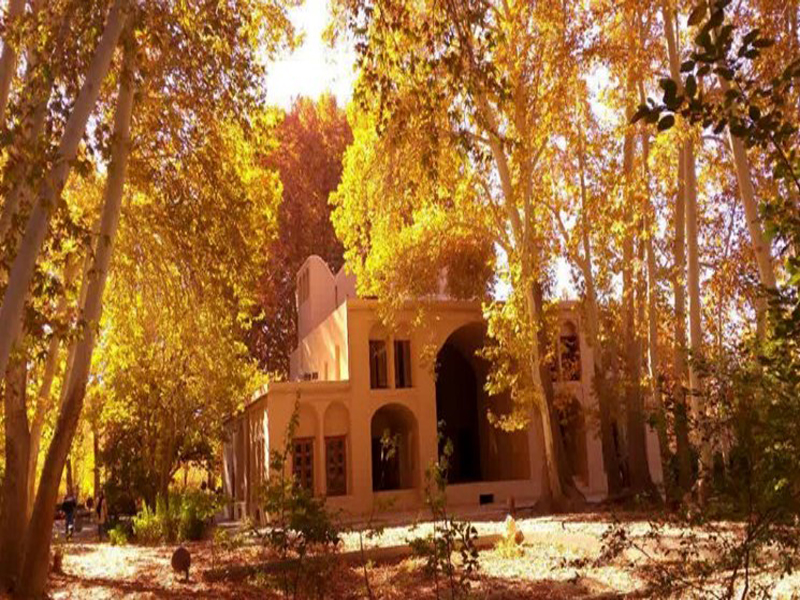 معرفی باغ پهلوان پور یک باغ کاملا ایرانی