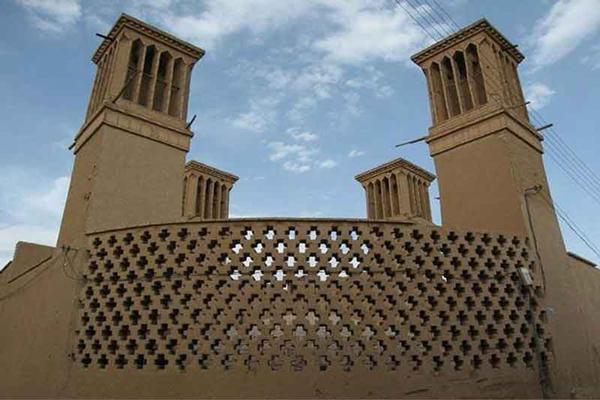 معرفی تاریخچه آب انبار رستم گیو