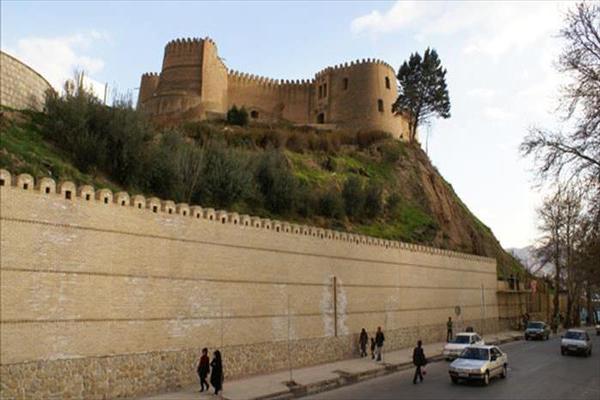 تاریخچه برج و باروهای یزد